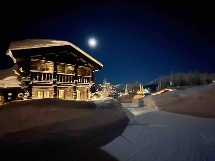 Delikat og lun laftehytte - ski in/out Trysil