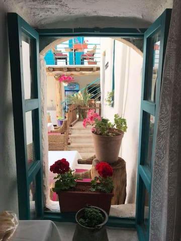 Baalbeck Guest House - بيت الضيافة