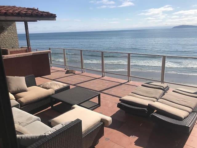 Baja Family Beach House- Oceanfront-Beach Access