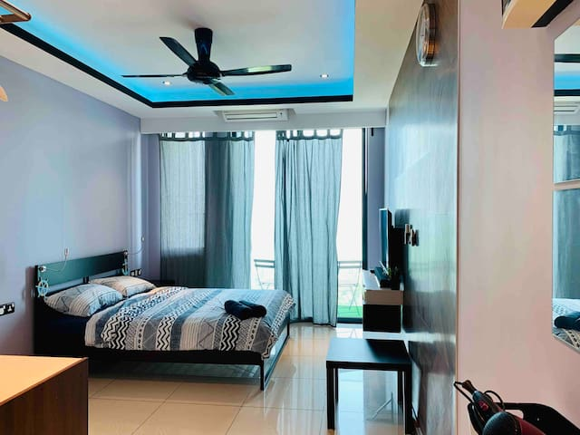 PD Waterfront Seaview Unit (Up to 3 pax)