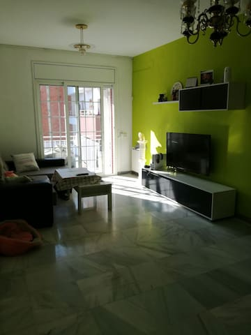 Near from Barcelona near to the mountain and quiet - Viladecans - Apartmen