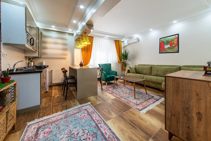 An apartment in garden floor near to Hagia Sophia