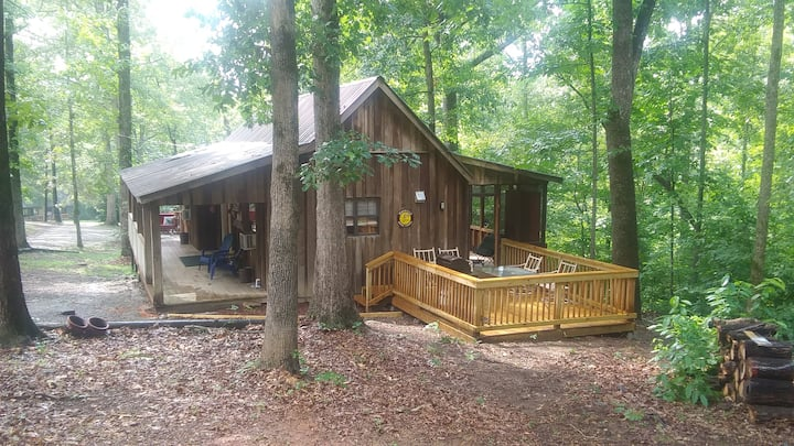 CABIN THERAPY❤Rural Chattanooga CabinE❤FreshHotTub
