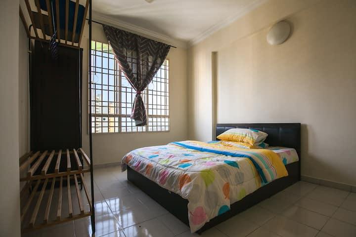 cozy room ,private bathroom , 500Mbps broadband