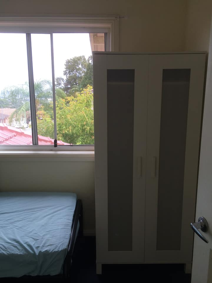 Nice private single room for rent at Top Ryde area