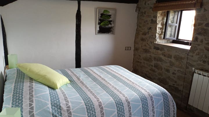 DOUBLE ROOM STONE HOUSE  / 20'VITORIA / 45'BILBAO