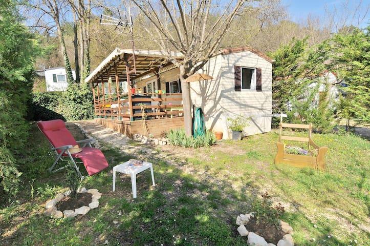 Le Bartavelle, Mobil Home tout équipé avec piscine - Méounes-lès-Montrieux - Bungalow