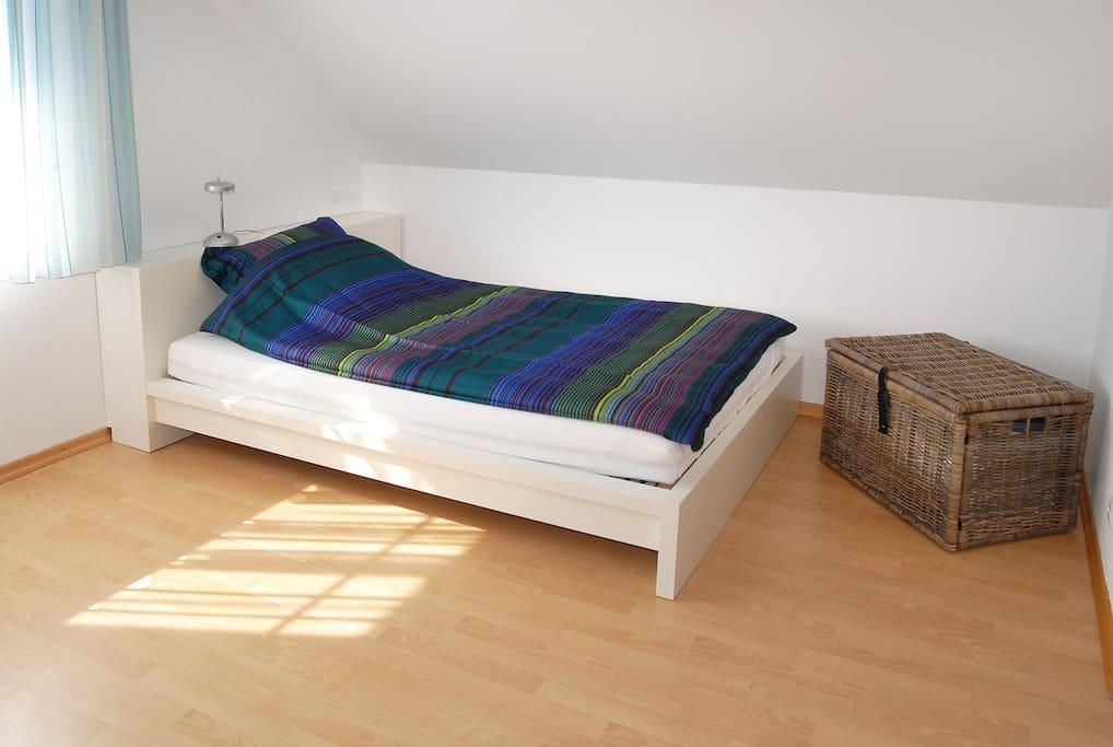 Französisches Bett 140 cm breit