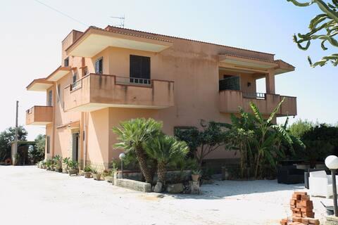 """""""A casa du Zu Lillu - Appartamento Camilleri"""""""