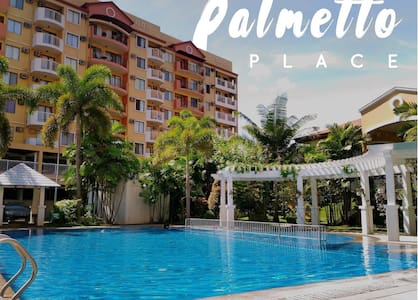 2 Bedroom Condo Unit for 5 people(Free Fast WiFi)
