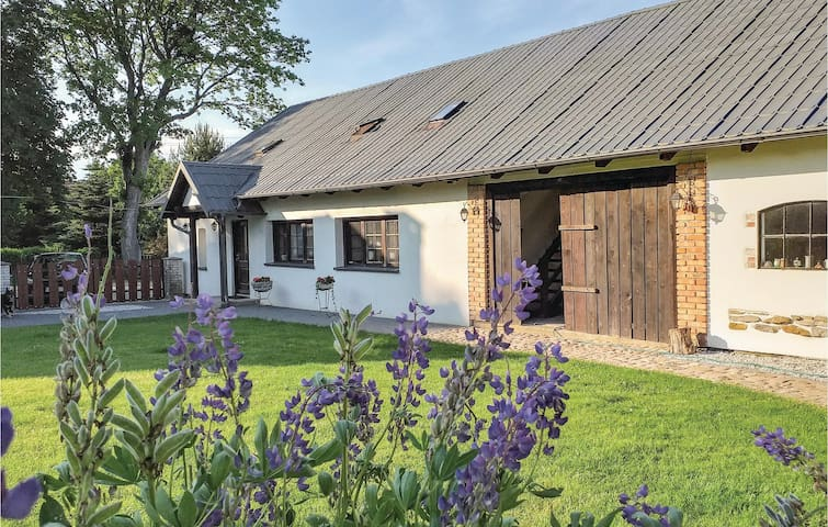 Holiday apartment with 3 bedrooms on 83m² in Przywidz