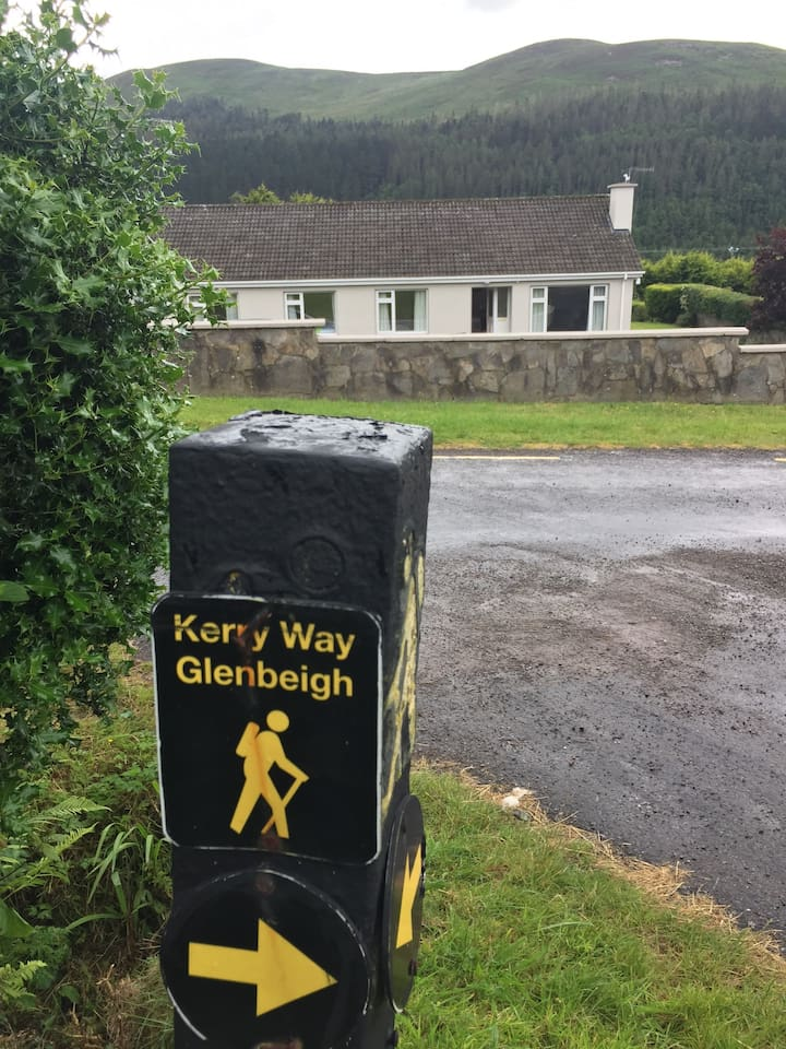 'Kerry Way' hillwalking district, beautiful mountain location near to Glenbeigh village.