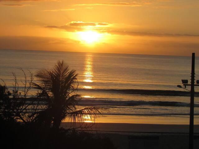 Apto Praia de Palmas a Beira Mar