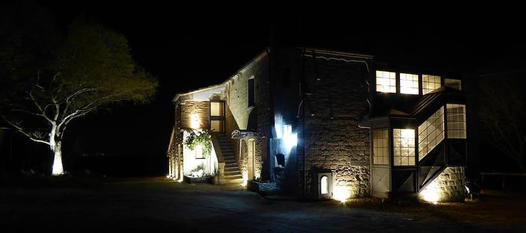Pietre di Fiume  Camera 2 Suite B&B - Provincia di Benevento - Bed & Breakfast