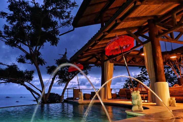 The Tree House Newly Constructed 4-bedroom Villa - Quepos - Villa