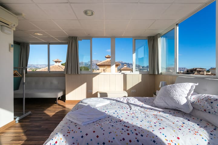 Top Floor Penthouse En-Suite