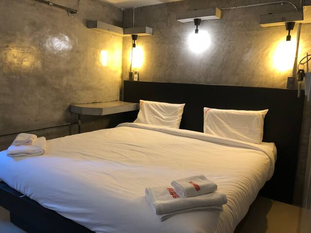 AVA Hostel& Guesthouse