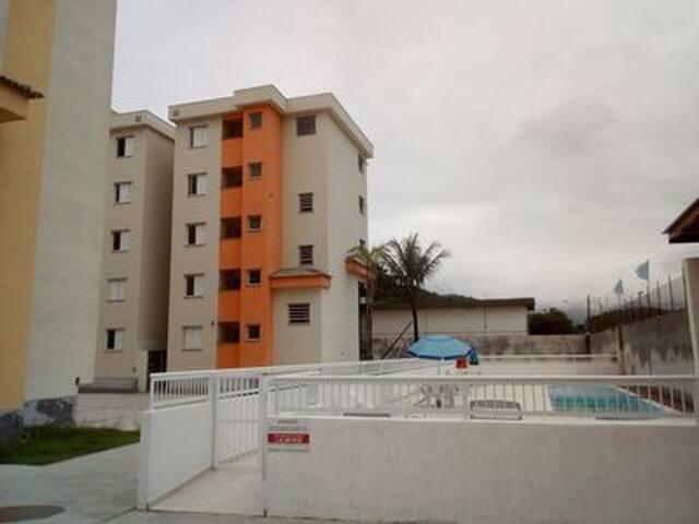 UBATUBA Apartamento novo  proximo as   praias