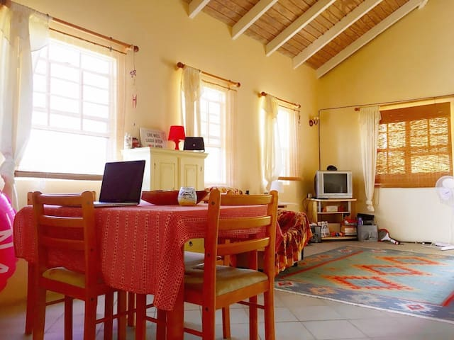 Airy Ocean View Apartment 100m from the sea - Urlings - Apartment