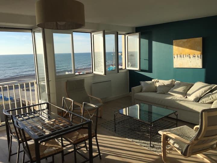 superbe appartement face à la mer