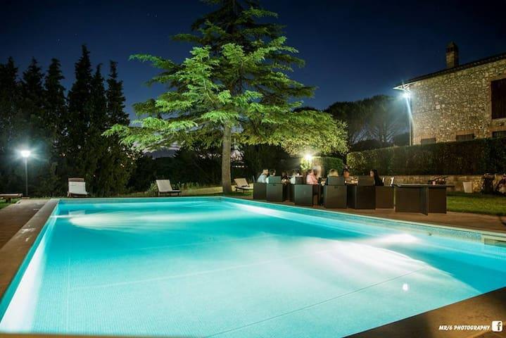 Spacious apartment for 5 in beautiful Villa
