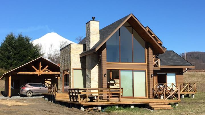 Linda y Moderna Casa en Country Pucon