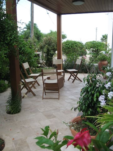 Beach Side Luxury Garden Apartment - Bodrum, - Appartement