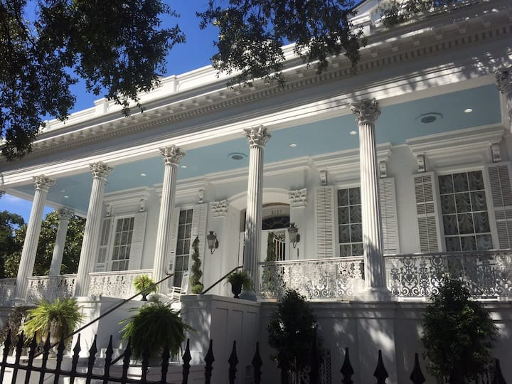 Historic Lower Garden District Mansion: Room 10