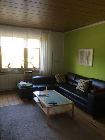Grosse Zimmer in Einfamilienhaus mit Garten - Dortmund/Unna