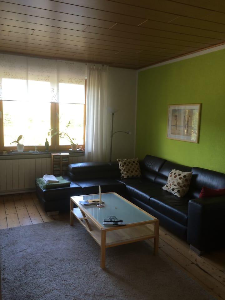 Zimmer in Einfamilienhaus mit Garten
