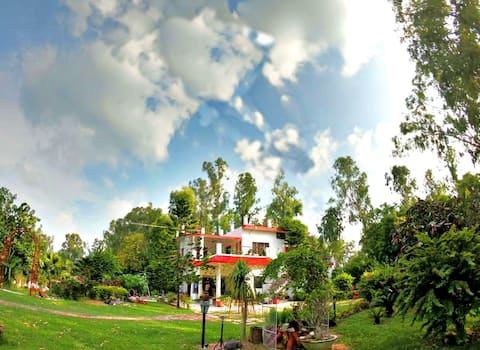 Nature's Abode - Col Farm ( Countryside Farm Stay)