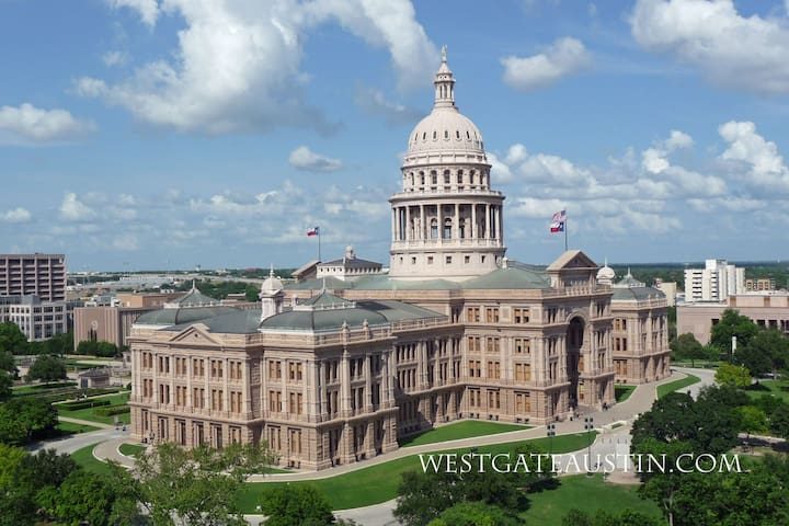 Downtown Austin, Capitol Next Door, 30 Day Rental