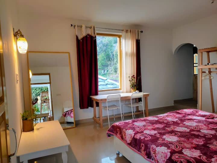 Apartment with kitchen & Wifi in upper dharamkot