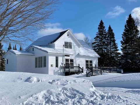 White Cap Cottage on Lake Superior