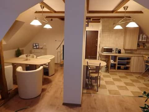 "Apartament ""Na strychu II"""