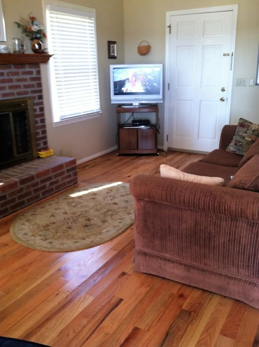 Living Room with Fireplace and Directv