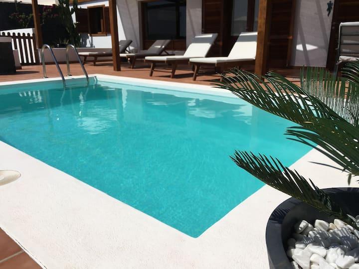 Paula Villa with private pool