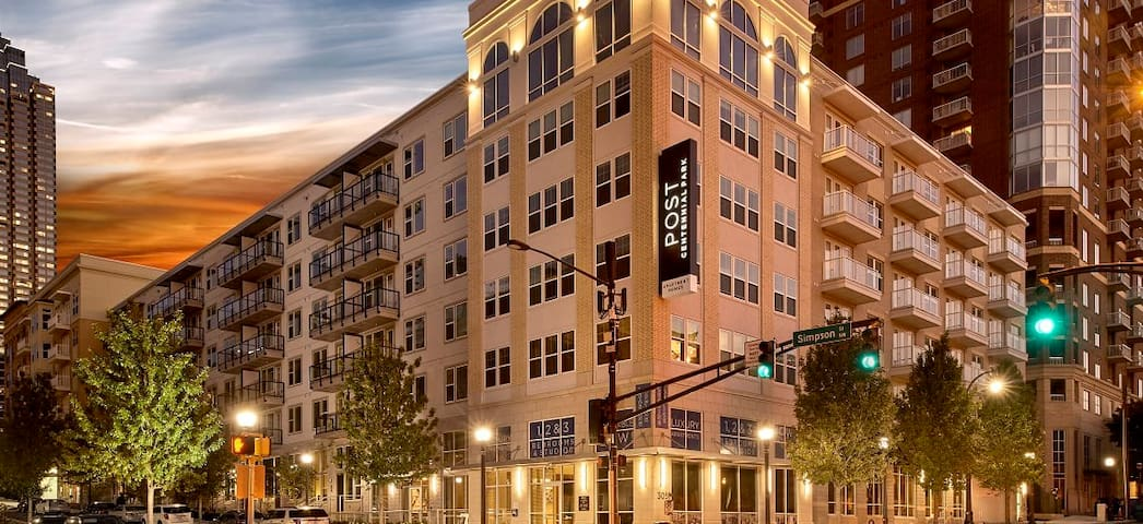LUXURY Downtown Atlanta Centennial Park 3bed 3bath