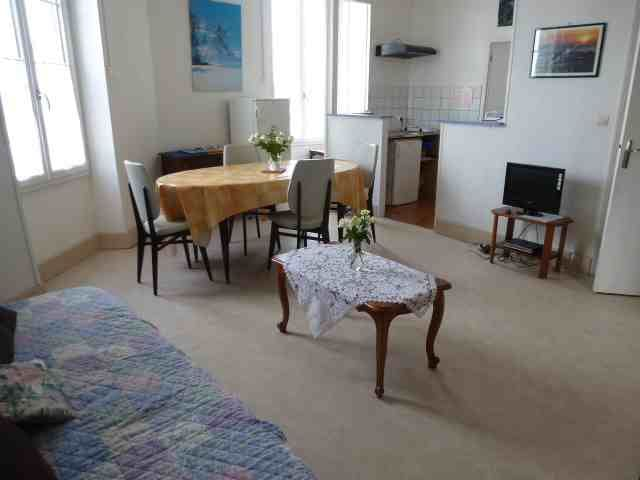 Un appartement de 50 m2 - Saujon - Apartment