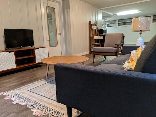 Charming Cozy Studio Home