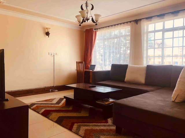 Spacious Apartment with Perfect Sun, Westlands