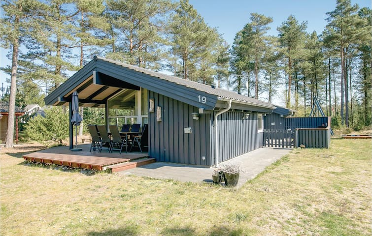 Holiday cottage with 3 bedrooms on 80m² in Hadsund