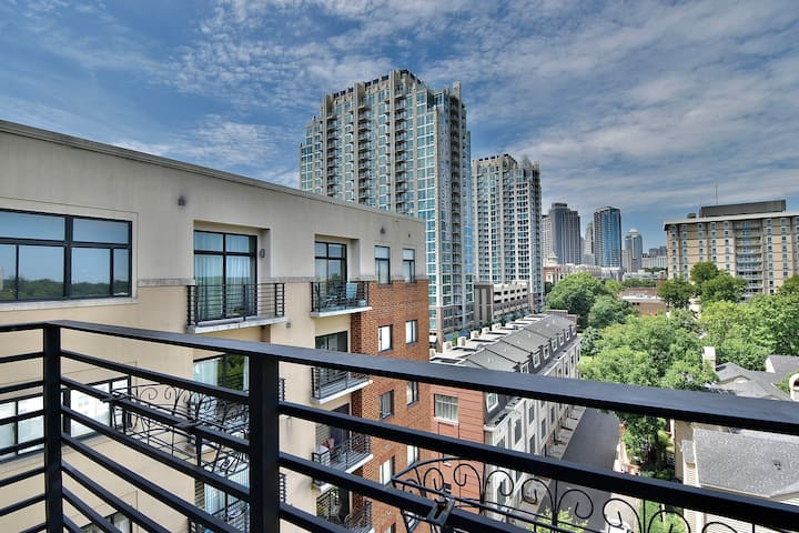 Furnished Condo in Uptown / Downtown Charlotte