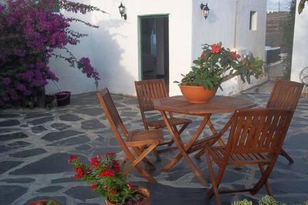 Villa LAKAZITA in Femes for 4 perso - Las Casitas - Casa de camp