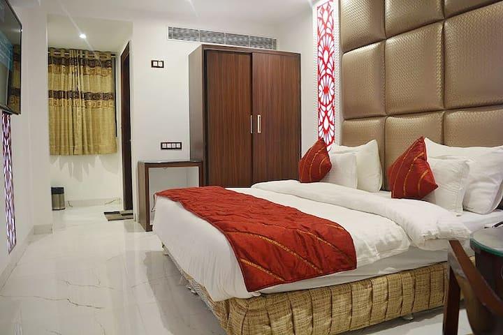 Executive Room - New Delhi - Bed & Breakfast