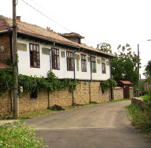 Guest house Chernicata - Veliko Tarnovo