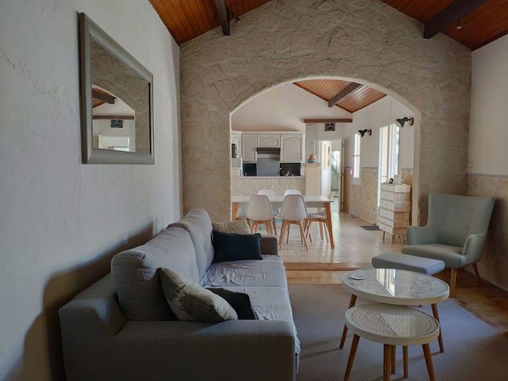 Maison Camargue entre Arles et Saintes Maries/mer