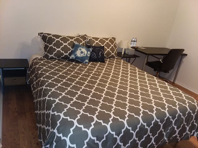 Merced Medical Professional's nest Queen Bedroom