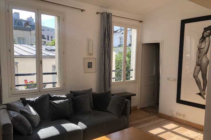 Secret Duplex in the heart of Montmartre !