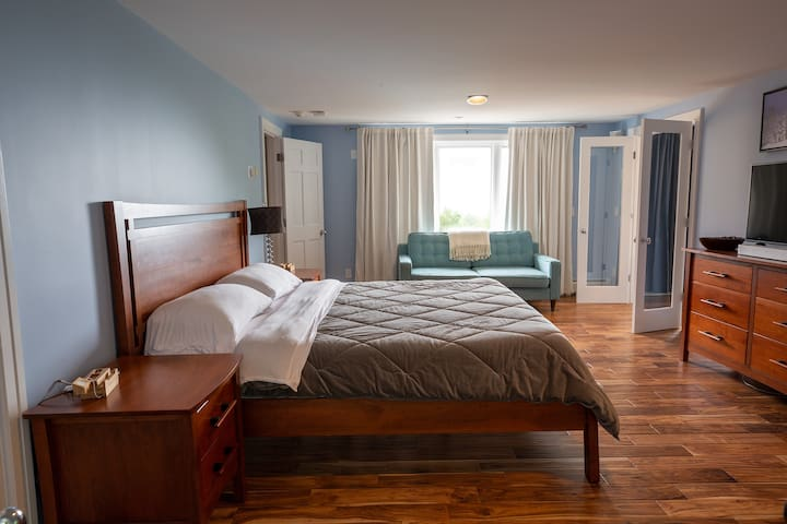 Spacious Master bedroom with a King Size bed and views.  SECOND FLOOR